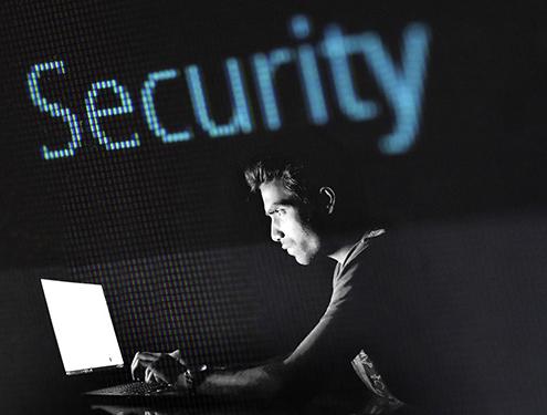 Erhöhen Sie die Computer Sicherheit durch Beachtung von ein paar Grundregeln. Die Monnet Informatik unterstützt Sie in allen belangen.